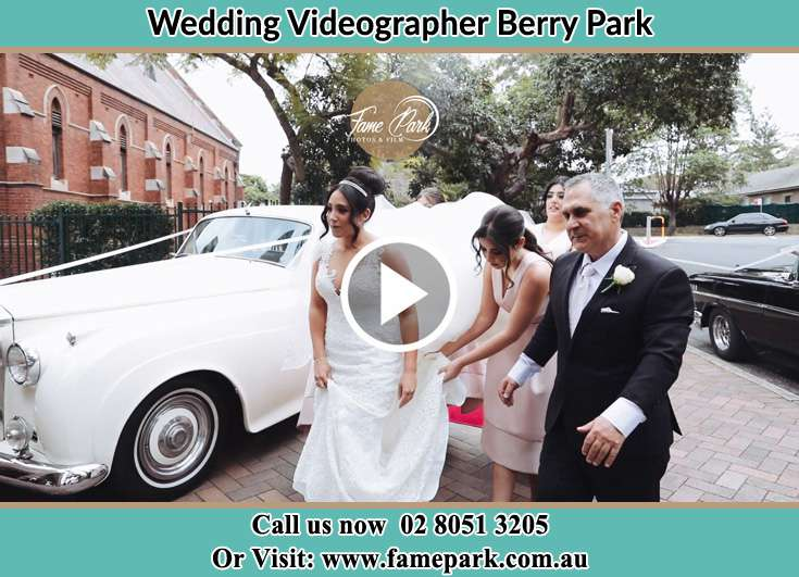 The Bride entering the wedding venue with her family Berry Park NSW 2321