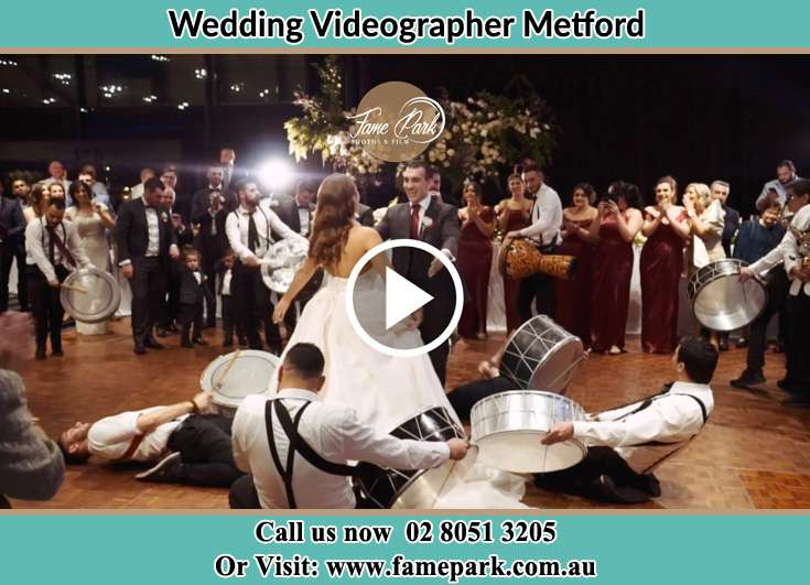 The new couple dancing on the dance floor with the band Metford NSW 2323