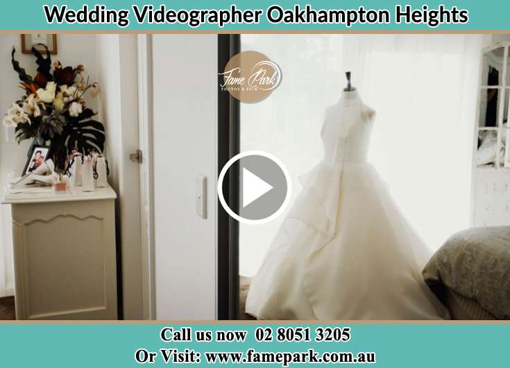 The wedding dress Oakhampton Heights NSW 2320