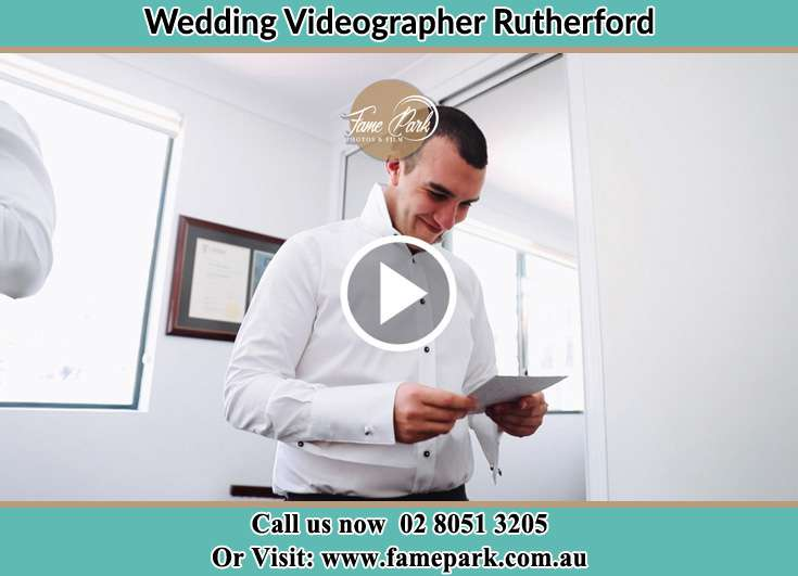 The Groom reading a note Rutherford NSW 2320
